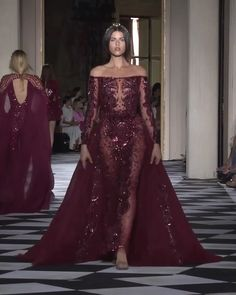Zuhair Murad Look 40 Gorgeous Embroidered Burgundy Off Shoulder Mermaid Evening Dress / Evening Gown with Long Sleeves. Couture Fall Winter Collection Runway by Zuhair Murad - Global Outfit Experts Haute Couture Dresses, Couture Fashion, Runway Fashion, Elegant Dresses, Cute Dresses, Prom Dresses, Mermaid Evening Dresses, Evening Gowns, Zuhair Murad