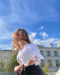 Photoshoot Themes, Instagram Pose, Cute Disney Pictures, Parisian Chic Style, Korean Girl Photo, Photography Poses Women, Poses For Photos, Pose Reference Photo, Insta Photo Ideas