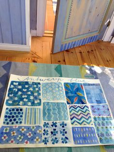 Blå dörr och blå akvarell