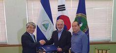 Nicaragua y Corea rubrican convenio para desarrollar energía renovable - http://verdenoticias.org/index.php/blog-noticias-energias-renovables/237-nicaragua-y-corea-rubrican-convenio-para-desarrollar-energia-renovable