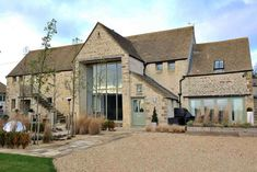 The Barn & Stables, Chedworth