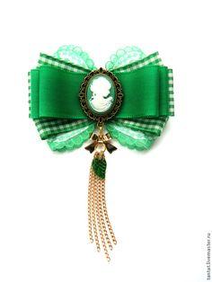 Купить Брошь Green & White. - зеленый, брошь, брошь зеленая, брошь из репсовых лент