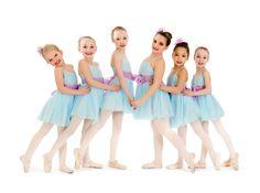 Leggerezza, delicatezza, sogno e melodia, questo è la Danza classica per le…