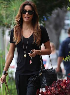 Eva Longoria and vintage bag -Celebrities and Their Chanel Bags-78