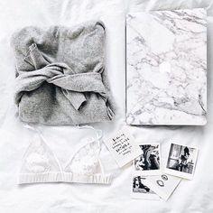 #stylish#greysweater#grey#marble#whitemarble#marmor#lace#polaroids#style#picoftheyday#instafashion#fashion#want by breathe.style