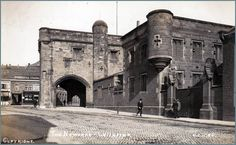 Postcard also shows the Royal Leicestershire Regiment drill hall on the right of the Gateway. See Derby, Leicester England, Life In The Uk, Holiday Places, Local History, Old Pictures, Historical Photos, Great Britain, Old Town
