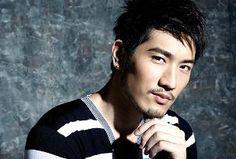 yeah...that's Godfrey Gao Hot Asian Men, Asian Guys, Godfrey Gao, Thing 1, Asian Celebrities, Character Reference, Male Fashion, Face Claims, Beards