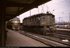 RailPictures.Net Photo: NH 326 New York, New Haven & Hartford Railroad GE EP-2 at New Haven, Connecticut by John Dziobko