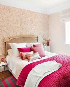 Fuschia bedroom on pinterest green bedrooms gray for Fuschia bedroom ideas