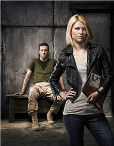 Damian Lewis as Nicholas Brody and Claire Danes as Carrie Mathison in Showtime's hit series, Homeland - I am beyond obsessed with this show! Definitely the best show currently on television in my opinion. Claire Danes, Homeland Tv Series, Rupert Friend, Damian Lewis, Fall Tv Shows, Great Tv Shows, Homeland Season 2, Carrie Mathison, Artists