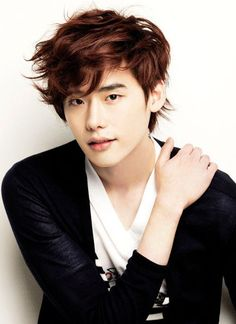 Lee Jong-Suk - This guy is amazing!!! I've watched him in I Can Hear Your Voice, Doctor Stranger, Pinocchio and now W. His acting in W is amazing! I'm loving it so far! Can't waif for more episodes!