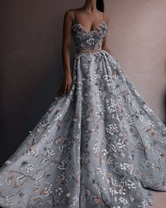 Pretty Prom Dresses, Elegant Dresses, Cute Dresses, Beautiful Dresses, Vintage Dresses, Formal Dresses, Ball Gown Dresses, Evening Dresses, Fantasy Gowns