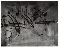 Aaron Siskind | Chicago 55 | 1952 |Gelatin silver print