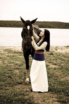 Mulan. Awesome cosplay