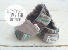 Toms - ish Baby Shoes - free pattern at:  http://www.homemadetoast.com/2012/12/toms-inspired-baby-and-toddler-shoes.html