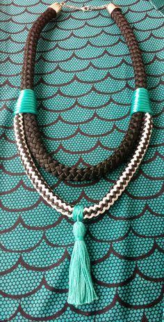 Maria Flor Acessórios  colares de corda - modelo nó duplo Facebook: https://m.facebook.com/mariaflorhandmade/ Instagram: @acessmariaflor