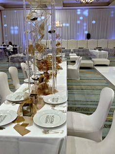 Hayden + Preston Bar Mitzvah White Ballroom Setup | @bellabrides | @bellaacento | @beyond100