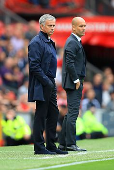 the football is magic Football Soccer, Football Players, Mens Fashion Suits, Men's Fashion, Soccer Coaching, Pep Guardiola, English Premier League, Football Pictures, Man United