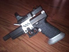 Glock - Special Sports Guns Loading that magazine is a pain! Excellent loader available for your handgun Get your Magazine speedloader today! http://www.amazon.com/shops/raeind