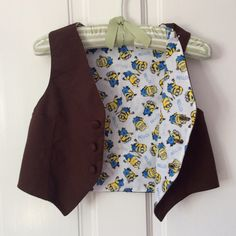 https://flic.kr/p/wDnaXF | Art Museum Vest | With minions inside for my little ring bearer! He hates buttons but was willing to wear it and proudly flashed his minions to everyone who asked :-)