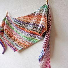 Frieze Shawl pattern by Lisa Hannes