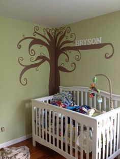 I like the tree! New idea for baby's room!