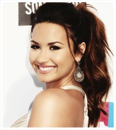 I <3 Demi Lovato!, she's such a role model and an inspiration for millions. Even after everything she went through she hasn't given up. She's so talented and beautiful.