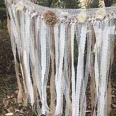 40 Ideas for wedding arch lace burlap Burlap Backdrop, Fabric Garland, Burlap Fabric, Backdrop Wedding, Lace Garland, Wedding Draping, Diy Garland, Garlands, Trendy Wedding