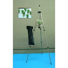 .#3: Lightweight Aluminum Easel with Travel Bag :)