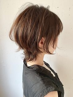 Asian Short Hair, Medium Short Hair, Short Hair With Layers, Asian Hair, Girl Short Hair, Short Hair Cuts, Medium Hair Styles, Curly Hair Styles, Hair Inspo