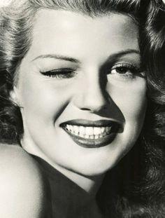 Rita Hayworth! - www.remix-numerisation.fr - Rendez vos souvenirs durables ! - Sauvegarde - Transfert - Copie - Restauration de bande magnétique Audio