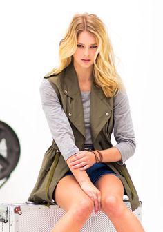 Liivi SK7/14. Summer Jacket, Kate Moss, Sewing Patterns, Sewing Ideas, Military Jacket, Van, Denim, Jackets, Inspiration