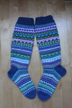 Knit Socks, Knitting Socks, Mittens, Knits, Fashion, Things I Love, Bed Covers, Stockings, Tutorials