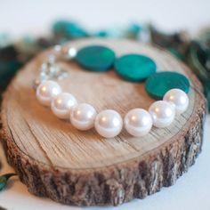 White Glass Pearl Bracelet Green Beaded Wood by sanwaitsai on Etsy wedding jewelry