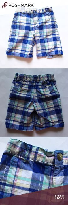 JANIE AND JACK [boys] Blue white plaid Shorts Gently worn. Blue, white and other colors plaid. Adjustable waist. Zipper and button closure. Size 5. Janie and Jack Bottoms Shorts