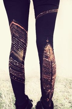 Hand painted w/bleach feather leggings