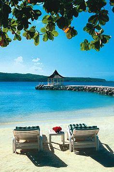 Jamaica Beach, Texas #Vacation on a #beach #Island #beachwedding #islandwedding #wedding #travel #travelphotography #travelinspiration ✯
