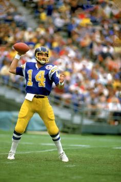 Dan Fouts Chargers Im a huge Chargers fan and this guy gave me alot of good reasons to be one.