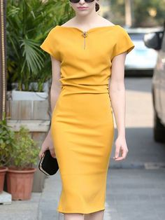 Fashion Sweet Heart Plain Bodycon Dresses - Outfit of the day Bodycon Dress With Sleeves, Short Sleeve Dresses, Yellow Dress Casual, Elegant Midi Dresses, Robes Midi, Pink Midi Dress, Dress Silhouette, Cheap Dresses, Dresses Dresses