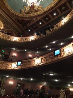 London Le Miserable Queen's theatre