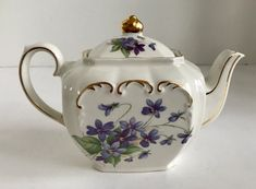 Vintage Small Sadler Windsor Cube Teapot with Purple flowers & Gold Trim Purple Flowers, Old And New, Windsor, Cube, Tea Cups, Vintage Teapots, China Painting, Candles, Tableware