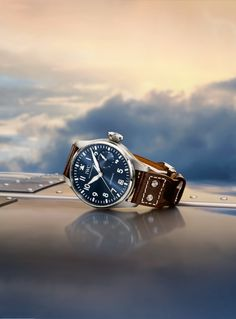 Discover the IWC Big Pilot's Watch edition le Petit Prince. The blue dial: the hallmark of all IWC models launched under the name of the little prince.