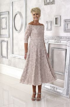 Dress Code offers a stunning Mother of the Bride collection that will make you look and feel like the guest of honour. Dressini is stocking Dress Code now. Mother Of Groom Outfits, Summer Mother Of The Bride Dresses, Mother Of The Bride Fashion, Mother Of The Bride Gown, Dresses To Wear To A Wedding, Mothers Dresses, Mature Bride Dresses, Mother Of The Bride Clothes, Grooms Mother Dresses