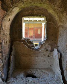 Il complesso di Giulia Felice, visto dalle Terme.  The complex of Julia Felix, as seen from the Thermal Baths. Pompeii.
