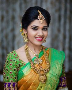Grand Temple Jewellery for Weddings Wedding Saree Blouse Designs, Fancy Blouse Designs, Saree Wedding, Indian Wedding Jewelry, Indian Bridal, Bridal Jewelry, Engagement Jewellery, Bridal Makeup, Bridal Hair