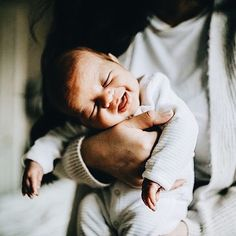 Likes, 40 Comments - Expectful (Expectful) o Lil Baby, Baby Kind, Little Babies, Little Ones, Cute Babies, Foto Newborn, Newborn Photos, Bebe Love, Foto Baby