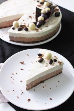 Syntisen hyvä Suklaajuustokakku (liivatteeton) Sweet Desserts, Sweet Recipes, Cake Recipes, Easter Recipes, Easter Food, Let Them Eat Cake, Yummy Cakes, No Bake Cake, Nutella