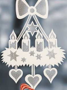 fensterdeko weihnachten Craft ideas: window pictures for Christmas Christmas Arts And Crafts, Christmas Activities, Christmas Crafts, Christmas Decorations, Christmas Mood, Christmas Svg, Christmas Ornaments, Holiday, Kirigami