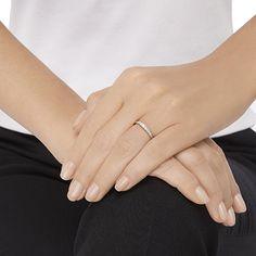 9d7f1db0f328 Swarovski Damen-Ring Platiniert Kristall transparent Rundschliff 5251689   Amazon.de  Schmuck