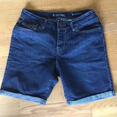 "SALT WORKS Blue Jean Bermuda Shorts SALT WORKS Med. Rise Blue Jean Bermuda Shorts.   Cuffed legs.  Blue cotton/polyester/polyurethane blend stretchable denim material. Waist 29"".  Inseam length 8-1/2"".  Rise 8-1/2"".  Excellent,new condition. Salt Works Shorts Jean Shorts"